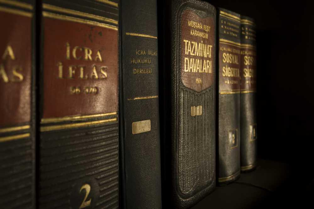 Der rechtliche Hintergrund zur Dienstunfähigkeits-Versicherung